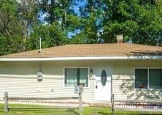 Pre Foreclosure in Holyoke 01040 NORTHAMPTON ST - Property ID: 1369515505