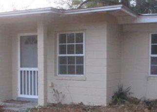 Pre Foreclosure in Marianna 32446 FAIRFAX RD - Property ID: 1369945598