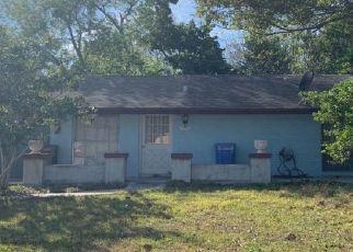 Pre Foreclosure in Tampa 33615 BRIAR GROVE CIR - Property ID: 1370030563