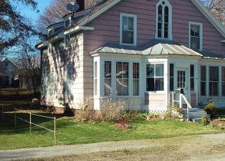 Pre Foreclosure in Skowhegan 04976 HESELTON ST - Property ID: 1370474223