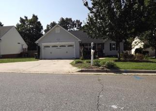 Pre Foreclosure in Greensboro 27410 TAUNTON DR - Property ID: 1371288871