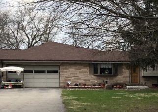 Pre Foreclosure in Fortville 46040 W ORCHARD DR - Property ID: 1372035156