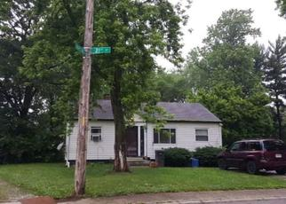 Pre Foreclosure in Indianapolis 46222 N MORELAND AVE - Property ID: 1372140274