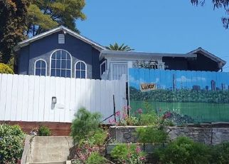 Pre Foreclosure in Oakland 94605 OUTLOOK AVE - Property ID: 1372455177