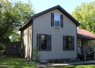Pre Foreclosure in Sharon 53585 NELSON ST - Property ID: 1372724544
