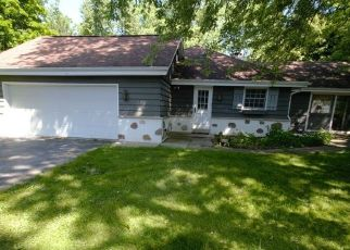 Pre Foreclosure in Elm Grove 53122 WATERTOWN PLANK RD - Property ID: 1372732423