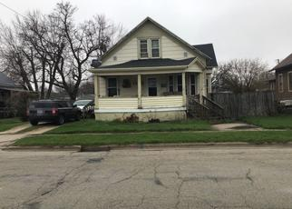 Pre Foreclosure in Green Bay 54302 KLAUS ST - Property ID: 1372888336