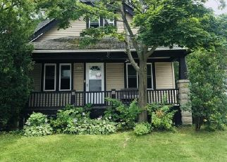 Pre Foreclosure in Milwaukee 53220 W COLD SPRING RD - Property ID: 1372924701