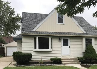 Pre Foreclosure in Milwaukee 53219 S 61ST ST - Property ID: 1372940458