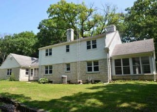 Pre Foreclosure in Rockford 61107 GUILFORD RD - Property ID: 1373034628