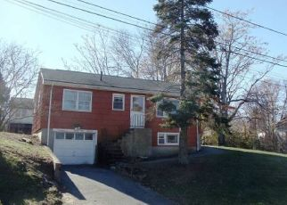 Pre Foreclosure in Methuen 01844 GREENDALE ST - Property ID: 1373625901