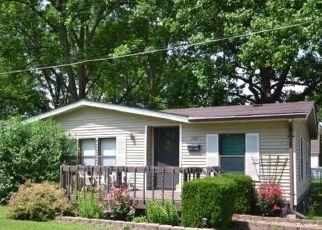 Pre Foreclosure in Freeburg 62243 S ALTON ST - Property ID: 1374441396