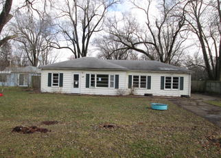 Pre Foreclosure in East Moline 61244 9TH ST - Property ID: 1374447529