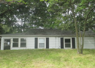 Pre Foreclosure in East Moline 61244 19TH ST - Property ID: 1374453667