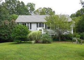 Pre Foreclosure in Exeter 02822 CEDAR GROVE DR - Property ID: 1374480821