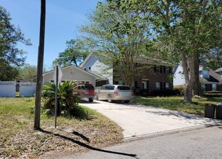 Pre Foreclosure in Orange Park 32065 SANDSTONE DR - Property ID: 1375187712