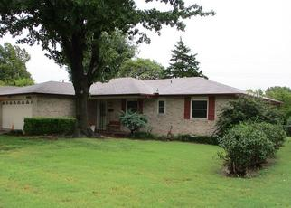 Pre Foreclosure in Ponca City 74604 MEADOW LN - Property ID: 1375300258