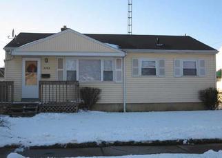 Pre Foreclosure in Toledo 43605 LEBANON ST - Property ID: 1375401435