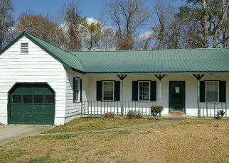 Pre Foreclosure in Midway Park 28544 HUNTERS RIDGE DR - Property ID: 1375852554