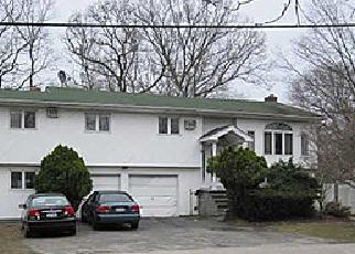 Pre Foreclosure in Islip Terrace 11752 CARLETON AVE - Property ID: 1375973878