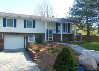 Pre Foreclosure in Auburn 13021 NORMA DR - Property ID: 1376018544