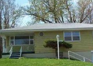 Pre Foreclosure in Omaha 68104 SPRAGUE ST - Property ID: 1376584851