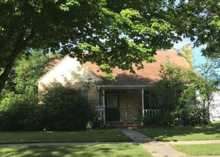Pre Foreclosure in Thief River Falls 56701 MERRIAM AVE N - Property ID: 1376765282