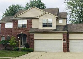 Pre Foreclosure in New Baltimore 48047 CAROLINE DR - Property ID: 1376826604