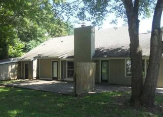 Pre Foreclosure in Matthews 28105 PLEASANT PLAINS RD - Property ID: 1377070557