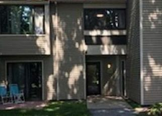 Pre Foreclosure in North Oxford 01537 THAYER POND DR - Property ID: 1377099909