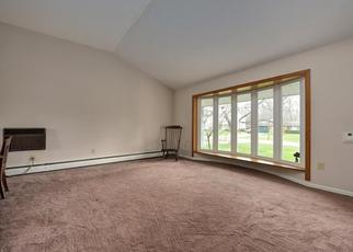 Pre Foreclosure in North Olmsted 44070 FOREST RIDGE DR - Property ID: 1377303560