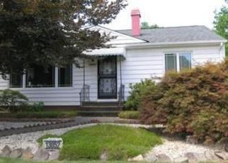 Pre Foreclosure in Strongsville 44149 ATLANTIC RD - Property ID: 1377306173