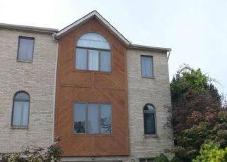Pre Foreclosure in Whitehall 18052 SHILOH CT - Property ID: 1377350419