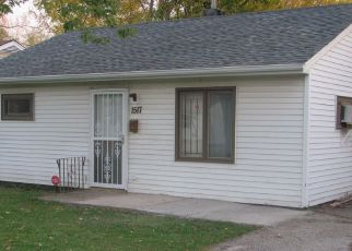 Pre Foreclosure in Gary 46409 E 43RD AVE - Property ID: 1377372765
