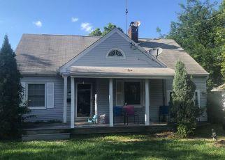 Pre Foreclosure in Cincinnati 45231 ADAMS RD - Property ID: 1377545317