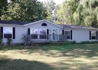 Pre Foreclosure in Bloomfield 47424 E STATE ROAD 54 - Property ID: 1377600953