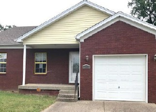 Pre Foreclosure in Louisville 40272 BESSELS BLVD - Property ID: 1377605317