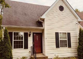 Pre Foreclosure in Louisville 40223 MALCOLM AVE - Property ID: 1377628984