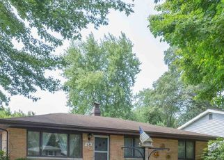 Pre Foreclosure in South Bend 46637 WEDGEWOOD DR - Property ID: 1377901842
