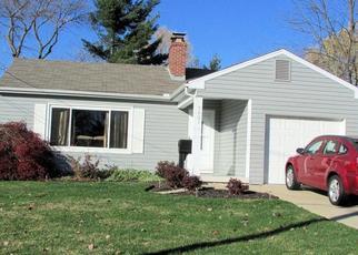 Pre Foreclosure in Cincinnati 45231 SEWARD AVE - Property ID: 1378061700