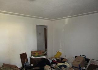 Pre Foreclosure in Fresno 93703 E VASSAR AVE - Property ID: 1378138332