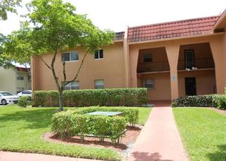 Pre Foreclosure in West Palm Beach 33411 LAKE FRANCES DR - Property ID: 1378226814