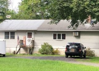 Pre Foreclosure in Poughquag 12570 CIRCLE HILL RD - Property ID: 1378462436