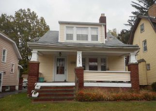 Pre Foreclosure in Cleveland 44121 OXFORD RD - Property ID: 1378563162
