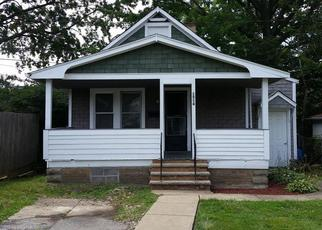 Pre Foreclosure in Cleveland 44110 E 172ND ST - Property ID: 1378579821