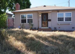 Pre Foreclosure in Glendale 91203 FAIRCOURT LN - Property ID: 1378865370