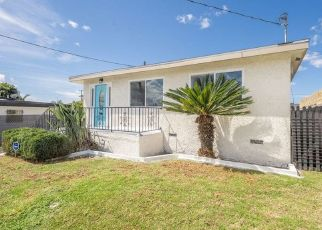 Pre Foreclosure in Los Angeles 90047 S HALLDALE AVE - Property ID: 1378914873