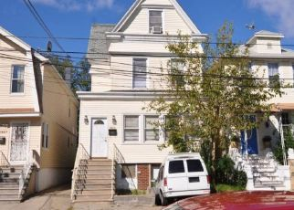 Pre Foreclosure in Bronx 10461 FRISBY AVE - Property ID: 1379034430
