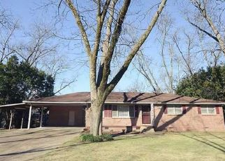 Pre Foreclosure in Tuscaloosa 35405 1ST AVE - Property ID: 1379371678