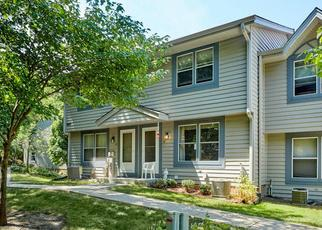 Pre Foreclosure in Waukesha 53186 PARAMOUNT DR - Property ID: 1379429482
